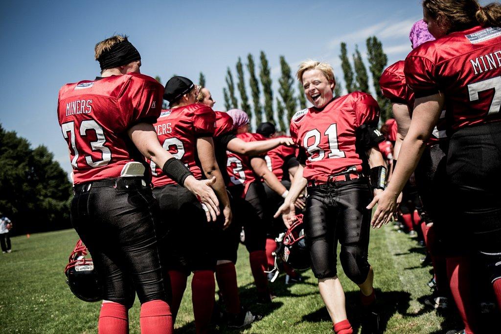 Frauenfootball  Die Miners in Bochum
